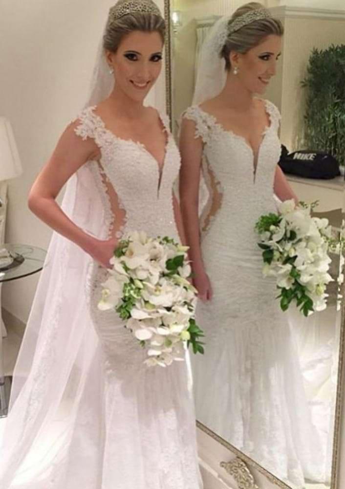 Sheath/Column Sweetheart Sleeveless Sweep Train Lace Wedding Dress With Appliqued