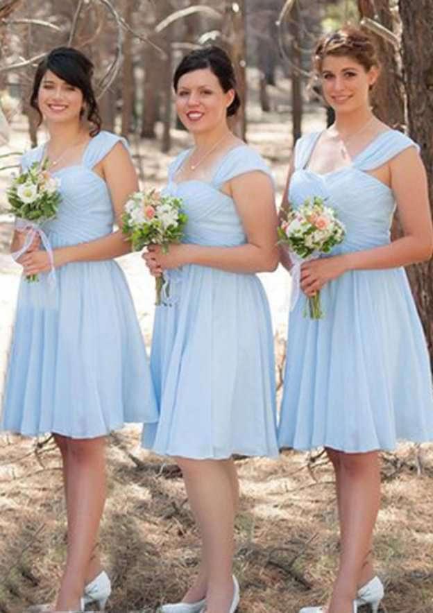 A-Line/Princess Scalloped Neck Sleeveless Knee-Length Chiffon Bridesmaid Dresses With Pleated