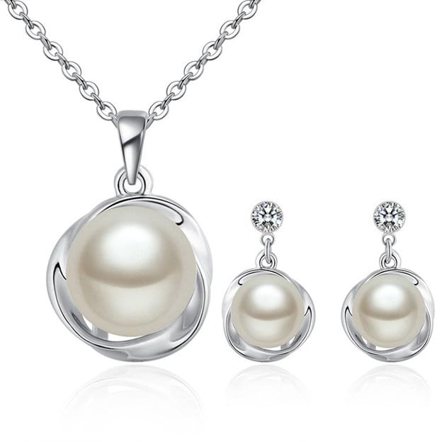 Women's Elegant Alloy Jewelry Sets With Imitation Pearls