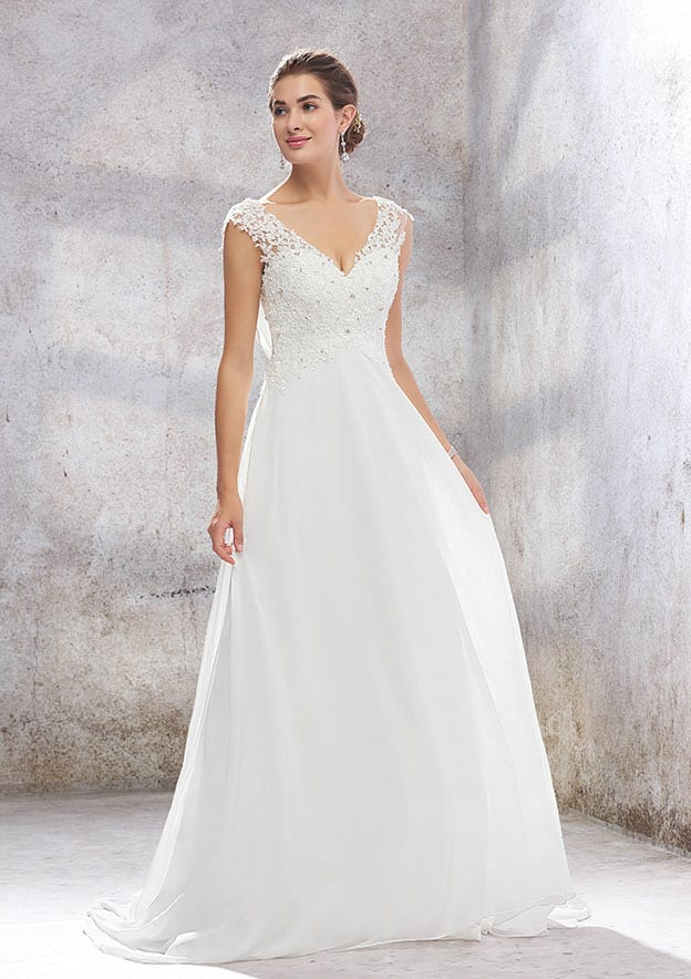 A-line/Princess Sleeveless Sweep Train Chiffon Wedding Dress With Appliqued/Sequins
