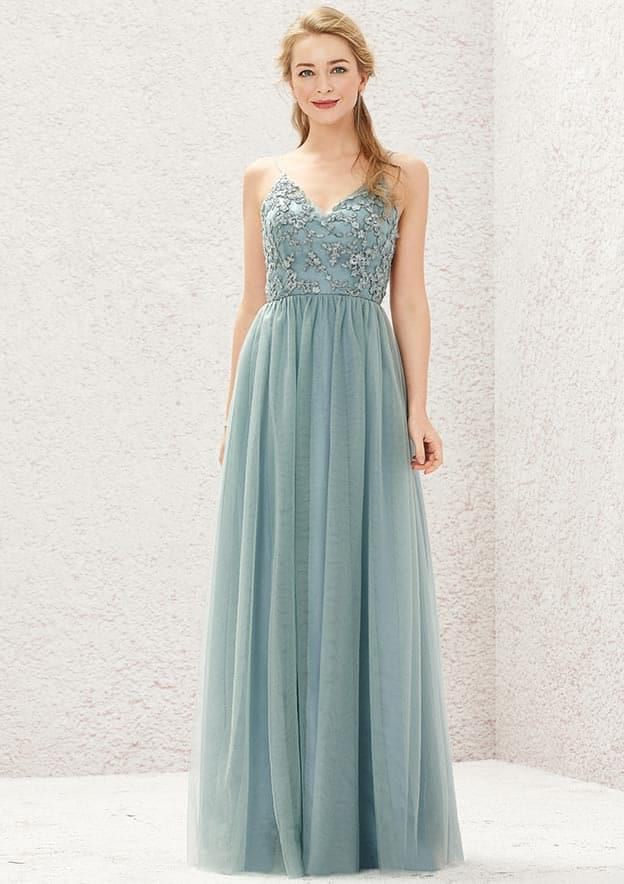 A-line/Princess Sleeveless Long/Floor-Length Tulle Bridesmaid Dress With Pleated/Lace