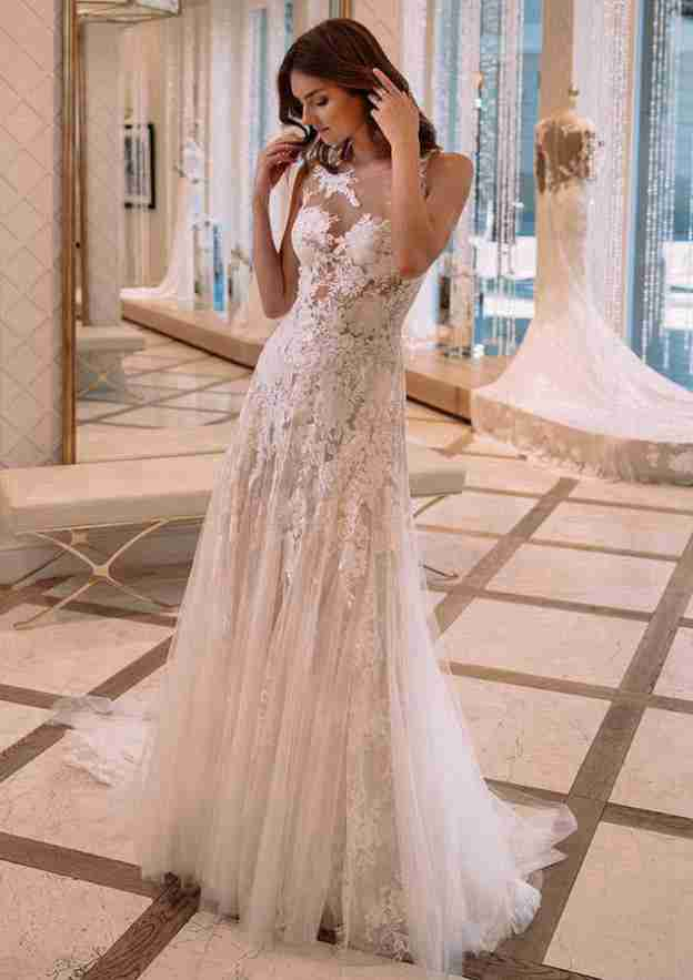 A-Line/Princess Illusion Neck Sleeveless Court Train Tulle Wedding Dress With Appliqued