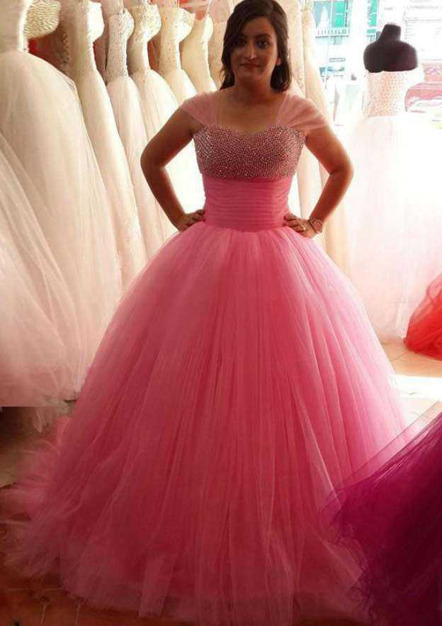 Ball Gown Sweetheart Sleeveless Court Train Tulle Wedding Dress With Beading Pleated