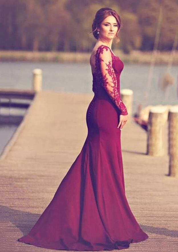 Sheath/Column Sweetheart Full/Long Sleeve Sweep Train Satin Prom Dress With Appliqued