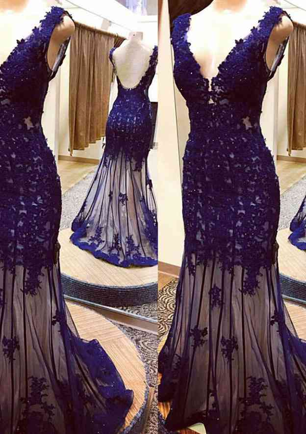 Sheath/Column V Neck Sleeveless Sweep Train Lace Prom Dress With Appliqued