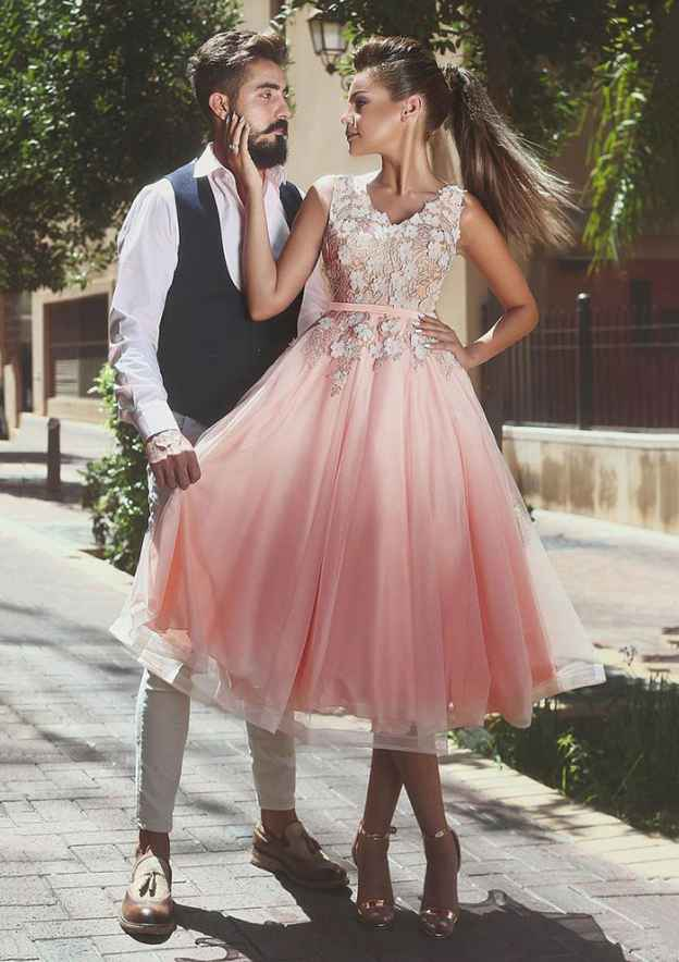 A-Line/Princess V Neck Sleeveless Tea-Length Tulle Prom Dress With Waistband Appliqued Flowers