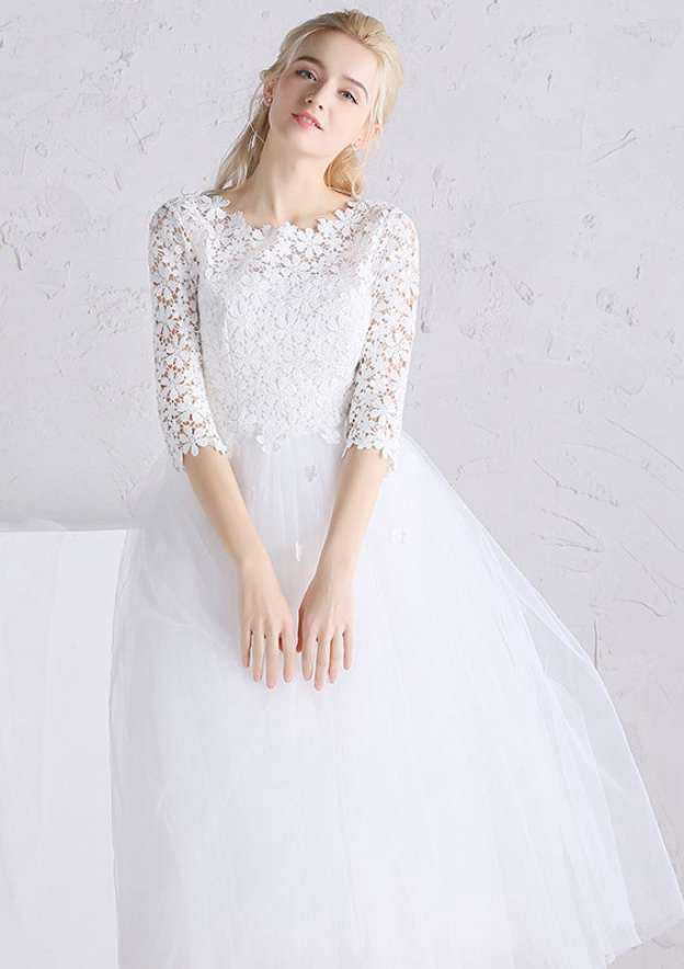 A-Line/Princess Bateau 3/4 Sleeve Tea-Length Tulle Wedding Dress With Appliqued