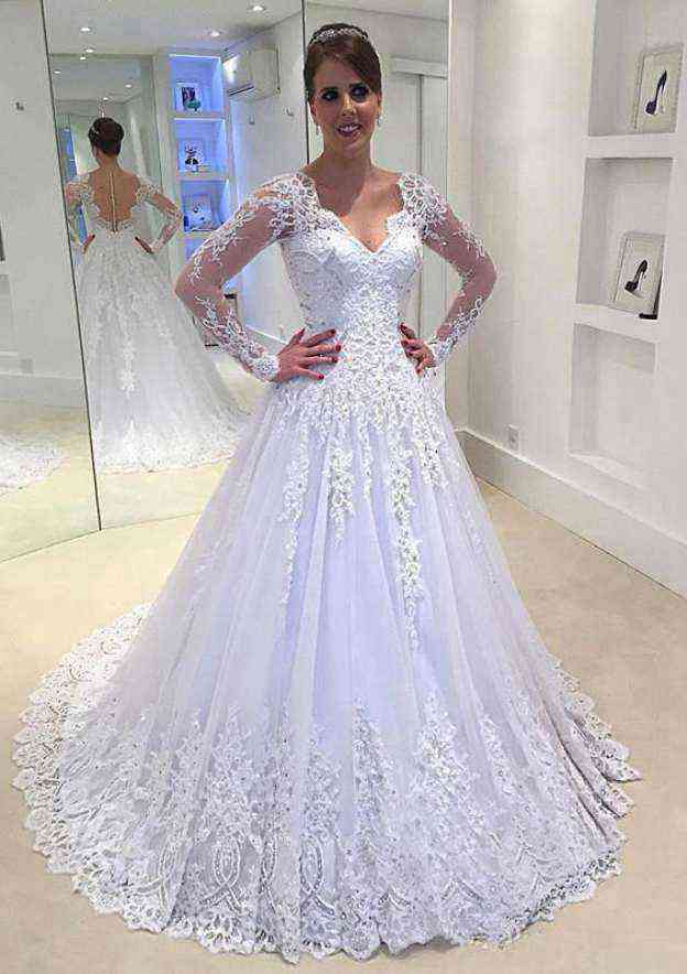 Ball Gown Scalloped Neck Full/Long Sleeve Court Train Tulle Wedding Dress With Appliqued Lace Rhinestone