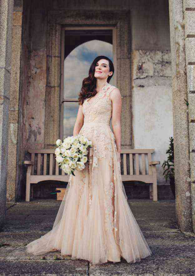 A-Line/Princess Scalloped Neck Sleeveless Sweep Train Tulle Wedding Dress With Appliqued Crystal