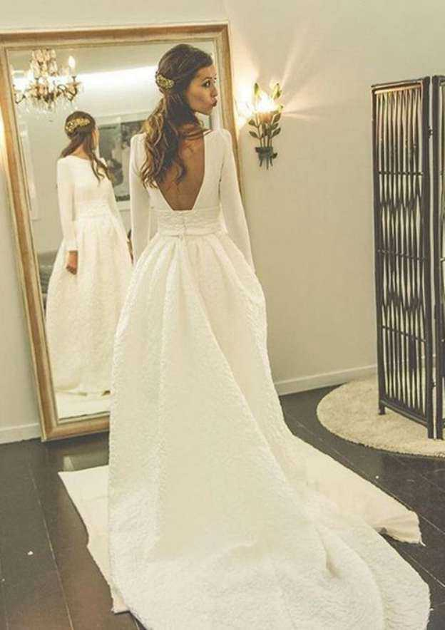 Ball Gown Bateau Full/Long Sleeve Court Train Lace Wedding Dress