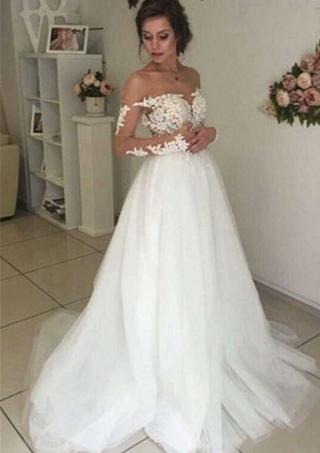 Ball Gown Bateau Full/Long Sleeve Court Train Tulle Wedding Dress With Appliqued