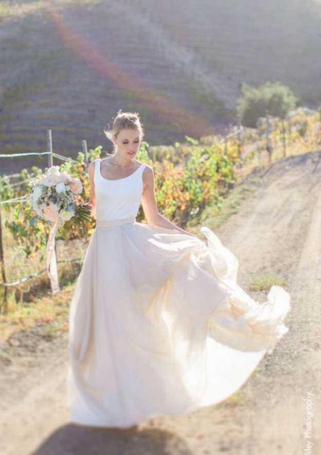 A-Line/Princess Bateau Sleeveless Long/Floor-Length Chiffon Wedding Dress
