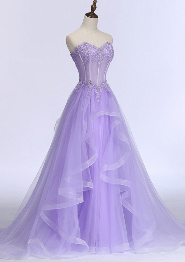 A-Line/Princess Sweetheart Sleeveless Sweep Train Tulle Prom Dress With Beading Appliqued