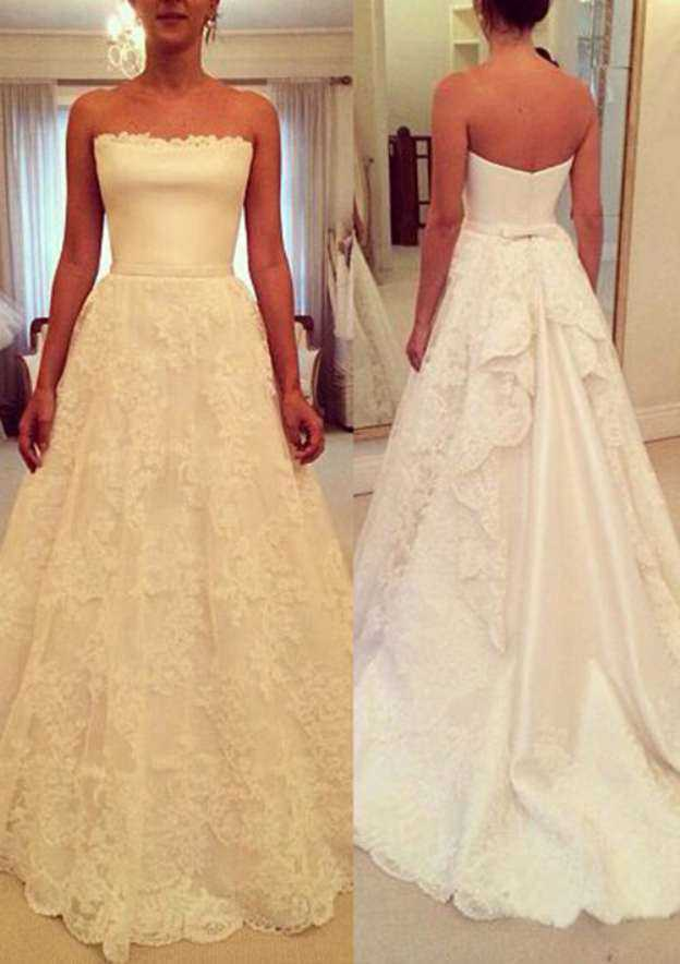 A-Line/Princess Strapless Sleeveless Court Train Lace Wedding Dress With Appliqued Bowknot Lace