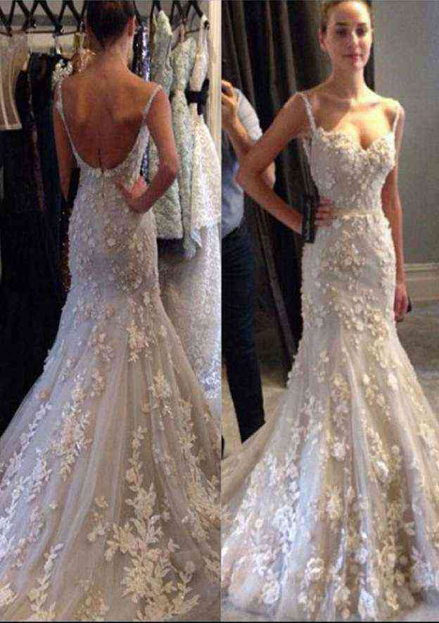 Trumpet/Mermaid Sweetheart Sleeveless Court Train Tulle Wedding Dress With Appliqued Flowers