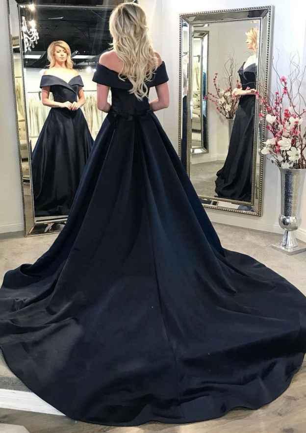 A-Line/Princess Off-The-Shoulder Sleeveless Chapel Train Satin Prom Dress