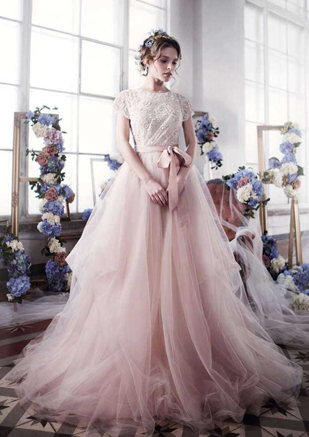 Ball Gown Bateau Short Sleeve Court Train Tulle Wedding Dress With Lace Sashes