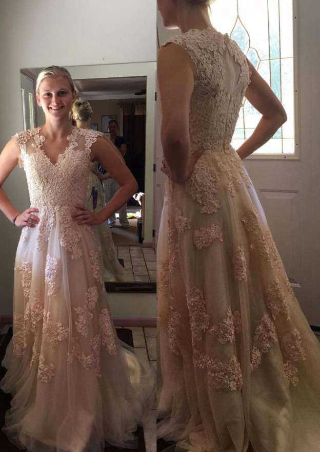 A-Line/Princess V Neck Sleeveless Court Train Tulle Wedding Dress With Appliqued Lace