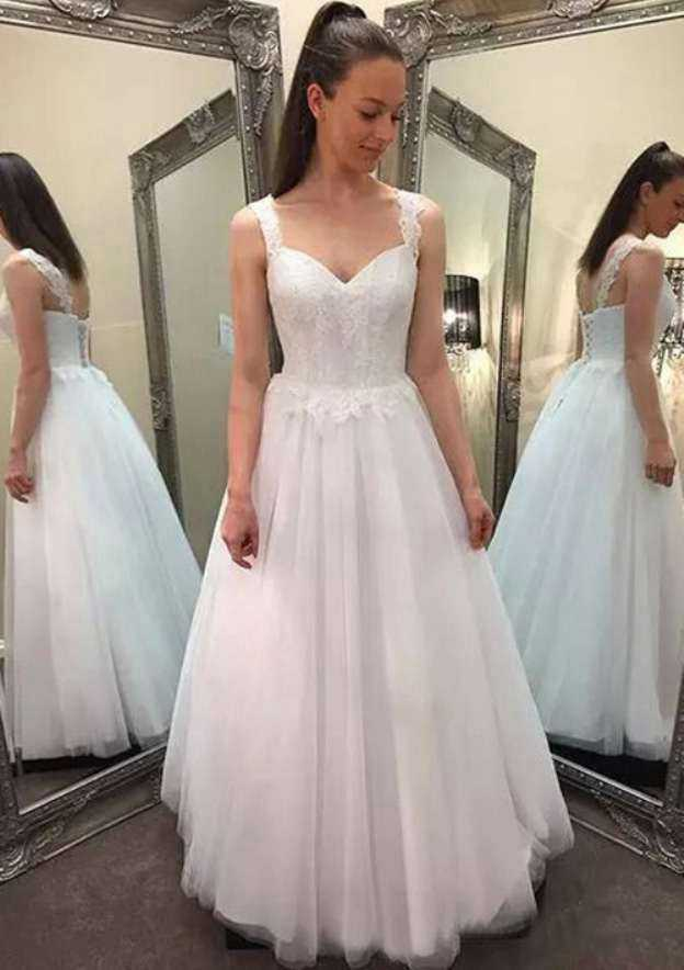 A-Line/Princess Sweetheart Sleeveless Long/Floor-Length Tulle Wedding Dress With Lace