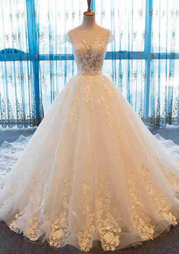 Ball Gown Bateau Sleeveless Chapel Train Tulle Wedding Dress With Appliqued Beading