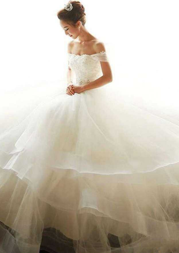 Ball Gown Off-The-Shoulder Sleeveless Court Train Tulle Wedding Dress With Appliqued Flowers Rhinestone