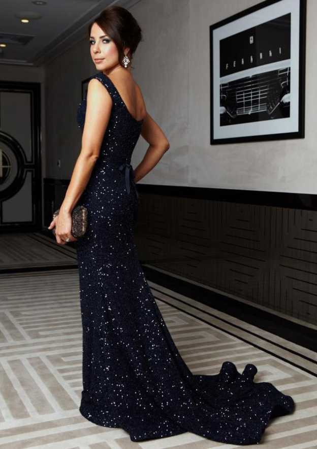 Trumpet/Mermaid Scalloped Neck Sleeveless Court Train Sequined Prom Dress With Sequins Bowknot