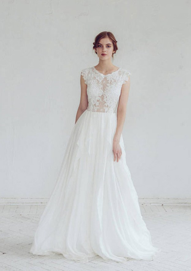 A-Line/Princess Scoop Neck Sleeveless Sweep Train Chiffon Prom Dress With Lace Appliqued