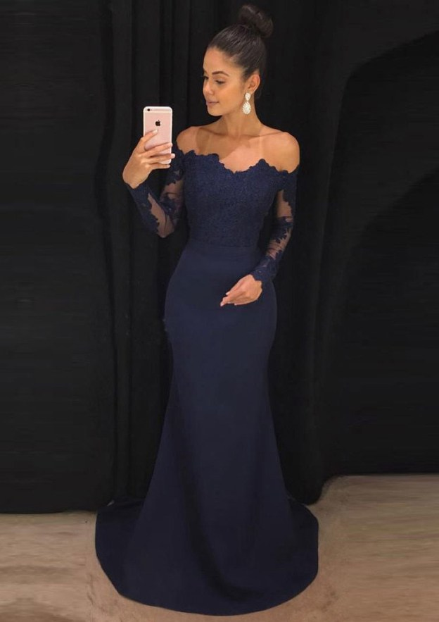 Sheath/Column Off-The-Shoulder Full/Long Sleeve Court Train Jersey Prom Dress With Lace Appliqued