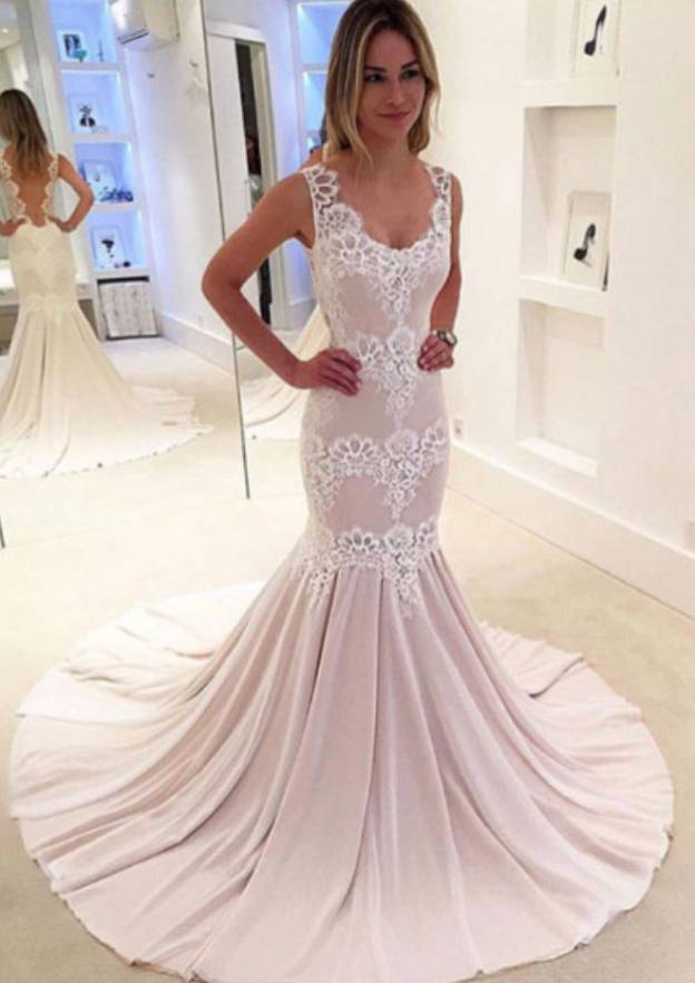 Trumpet/Mermaid Scalloped Neck Sleeveless Court Train Chiffon Prom Dress With Pleated Appliqued