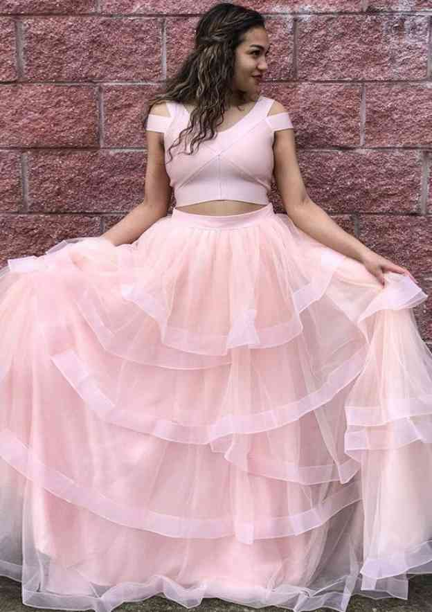 A-Line/Princess Scoop Neck Sleeveless Long/Floor-Length Tulle Prom Dress With Ruffles