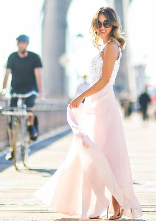 A-Line/Princess High-Neck Sleeveless Long/Floor-Length Chiffon Prom Dress With Lace