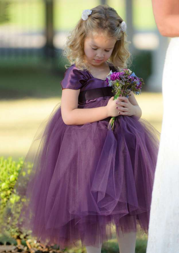 A-Line/Princess Sweetheart Sleeveless Tea-Length Tulle Flower Girl Dress With Sashes