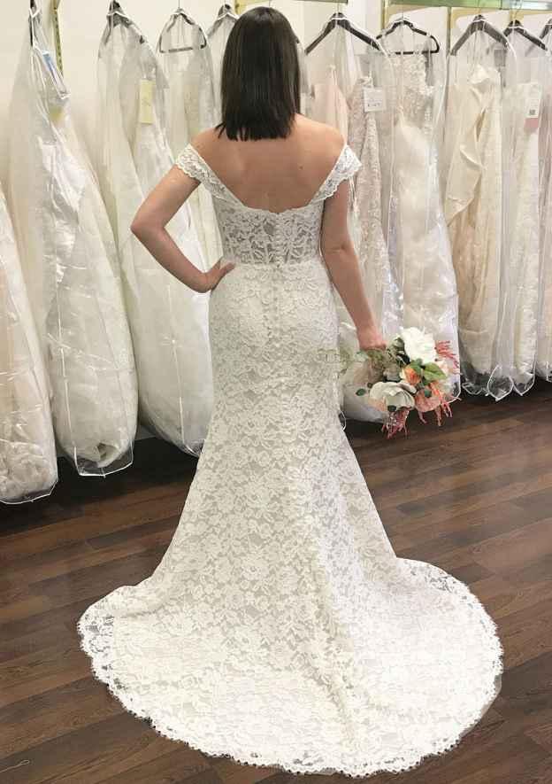 Sheath/Column Off-The-Shoulder Sleeveless Court Train Lace Wedding Dress
