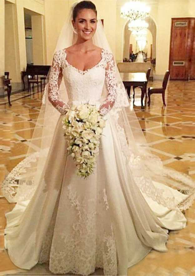 A-Line/Princess Scalloped Neck Full/Long Sleeve Chapel Train Wedding Dress With Appliqued Lace