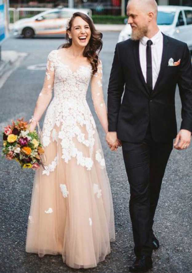 A-Line/Princess Scoop Neck Full/Long Sleeve Long/Floor-Length Tulle Prom Dress With Appliqued
