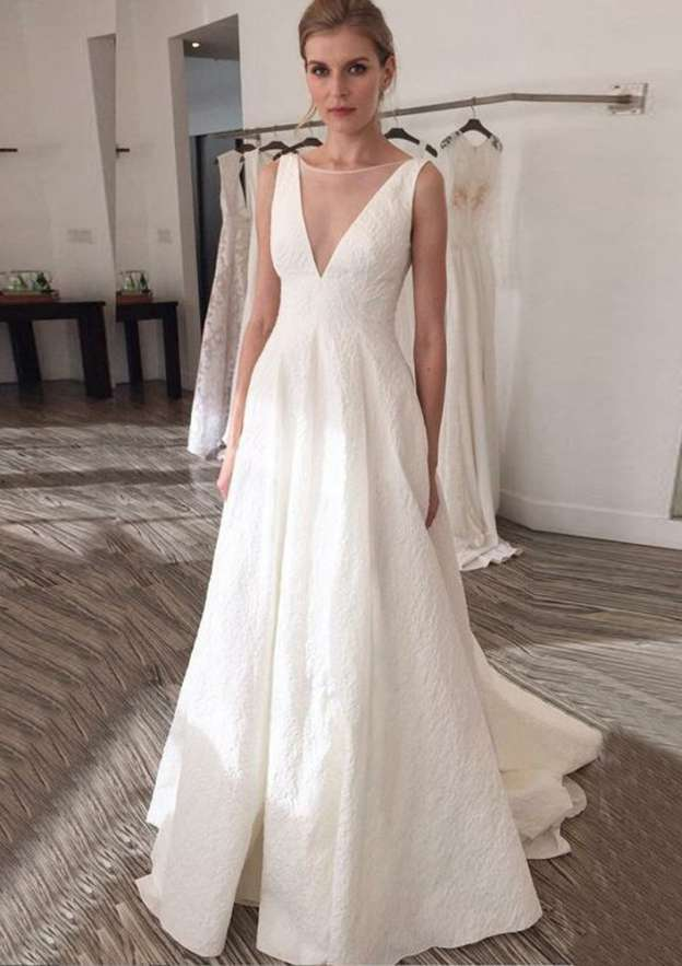 A-Line/Princess Bateau Sleeveless Sweep Train Lace Wedding Dress