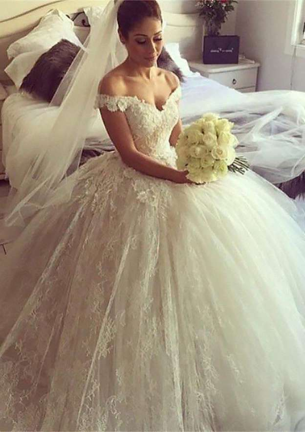 Ball Gown Off-The-Shoulder Sleeveless Chapel Train Wedding Dress With Appliqued