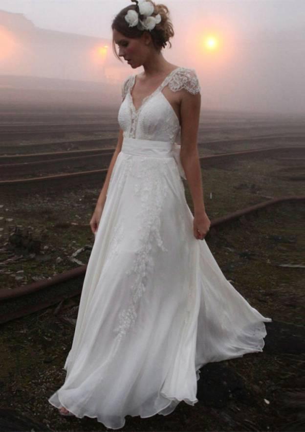 A-Line/Princess V Neck Sleeveless Court Train Chiffon Wedding Dress With Appliqued Bowknot