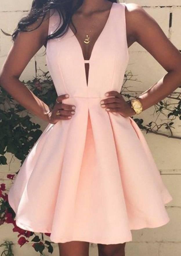 A-Line/Princess V Neck Sleeveless Short/Mini Satin Homecoming Dress