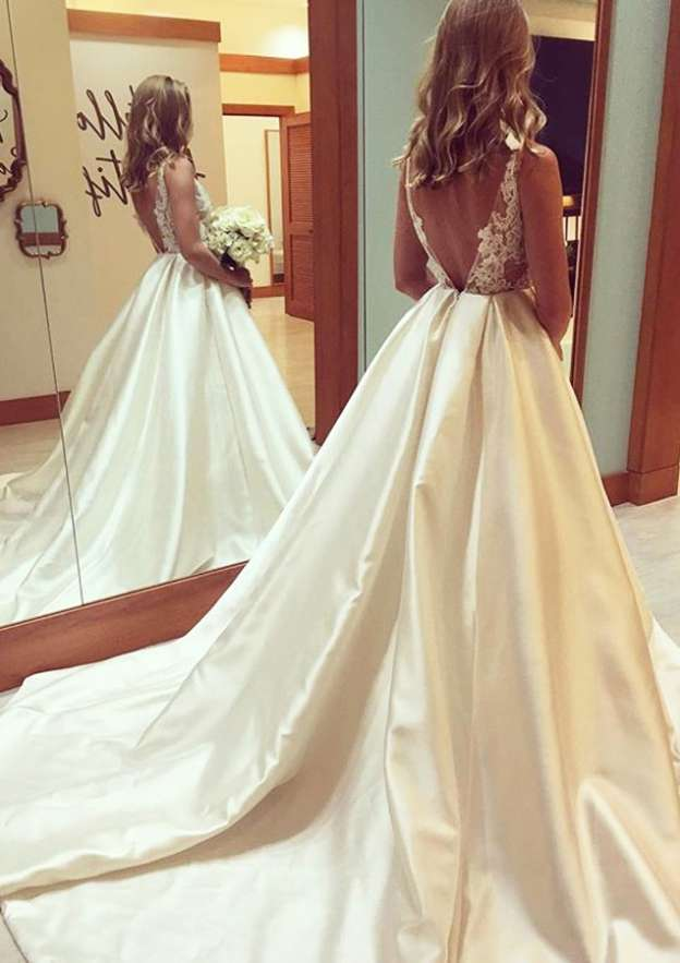 Ball Gown Bateau Sleeveless Court Train Satin Wedding Dress With Appliqued