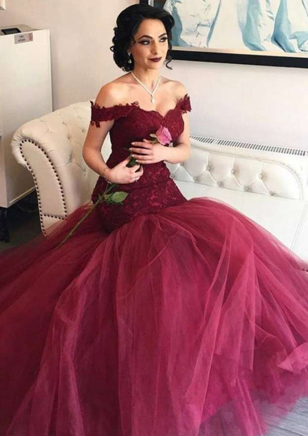 Trumpet/Mermaid Off-The-Shoulder Sleeveless Sweep Train Tulle Prom Dress With Lace