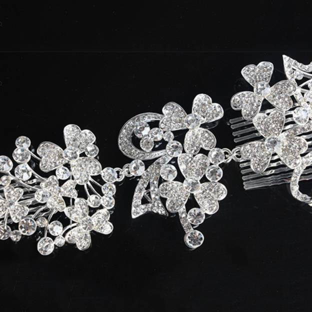 Crystal Ladies Combs & Barrettes With Rhinestone