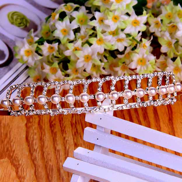 Rhinestone Ladies Combs & Barrettes With Pearl