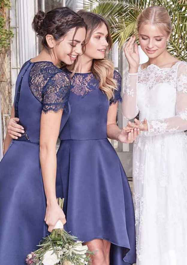 A-Line/Princess Scoop Neck Short Sleeve Asymmetrical Satin Bridesmaid Dresses With Lace