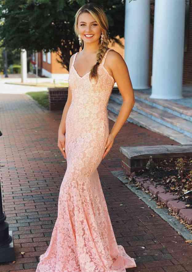Trumpet/Mermaid V Neck Sleeveless Sweep Train Lace Prom Dress With Pleated Beading
