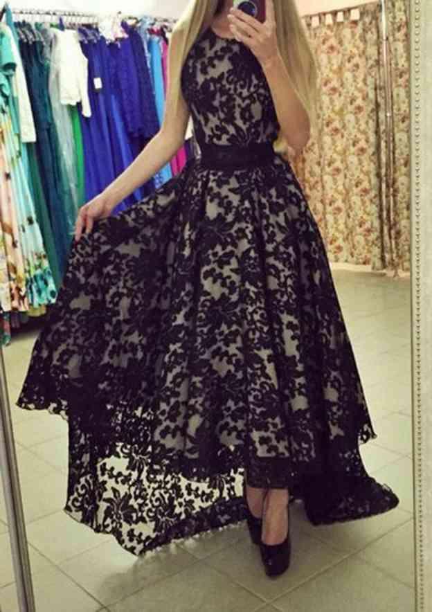 A-Line/Princess Bateau Sleeveless Asymmetrical Lace Prom Dress With Pleated