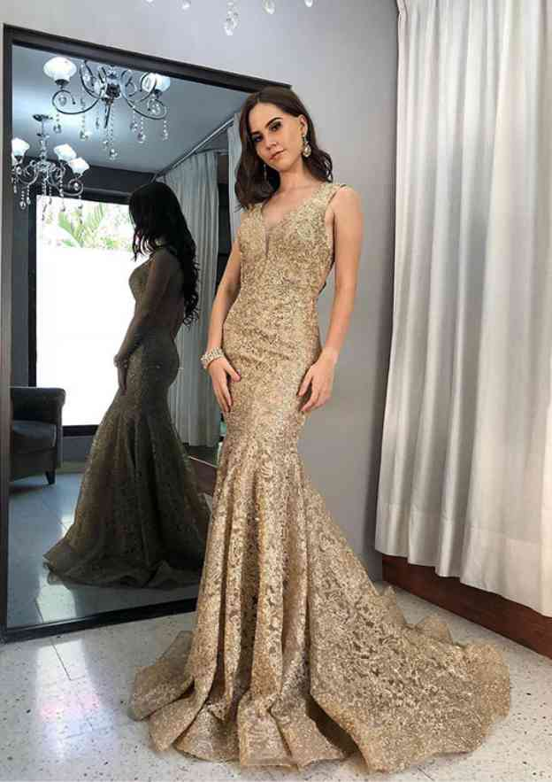 Trumpet/Mermaid Scoop Neck Sleeveless Sweep Train Lace Evening Dress With Pleated