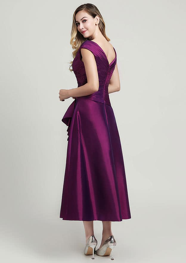 A-line/Princess V Neck Sleeveless Tea-Length Taffeta Mother of the Bride Dress With Pleated Beading