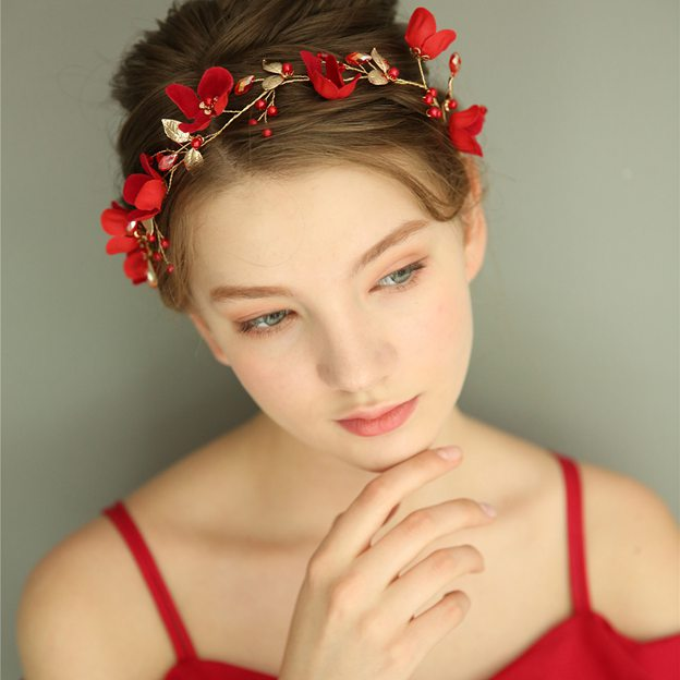 Ladies Beautiful/Elegant Alloy/Silk Flower With Crystal Headbands (Sold in single piece)