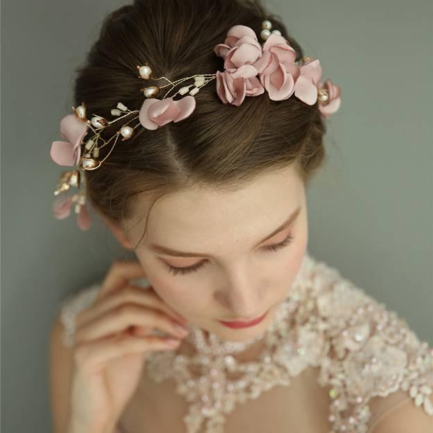 Ladies Elegant Alloy/Silk Flower With Venetian Pearl/Crystal Headbands (Sold in single piece)
